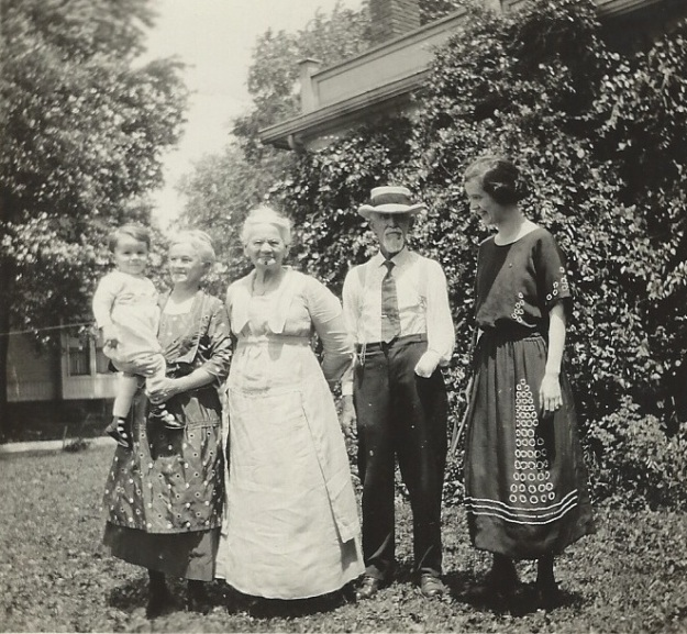 Four generations of the Camp family in June 1923. Fergus and Julia Camp are in the center. Their daughter, Ruth Camp King, stands to their left. Their granddaughter, Mary King Robinson, stands to their right. Great-grandson David W. Robinson is the child in arms. Author's collection.